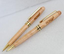 Bút gỗ khắc tên 01