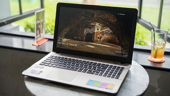 Kinh nghiệm vàng chọn mua laptop cũ cho sinh viên