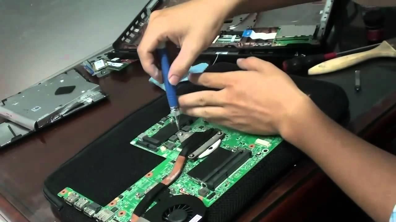 Đội ngũ kỹ thuật viên chuyên nghiệp giúp đảm bảo chất lượng sản phẩm