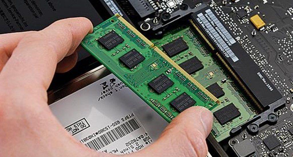 RAM thường được bóc ra từ những laptop chính hãng đã qua sử dụng
