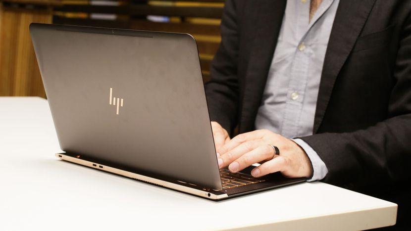laptop siêu mỏng